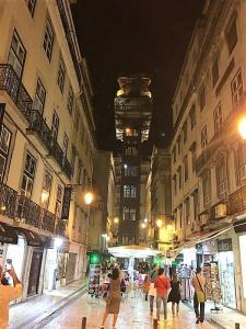 Elevador St Justa - Lizbon Gezilecek Yerler