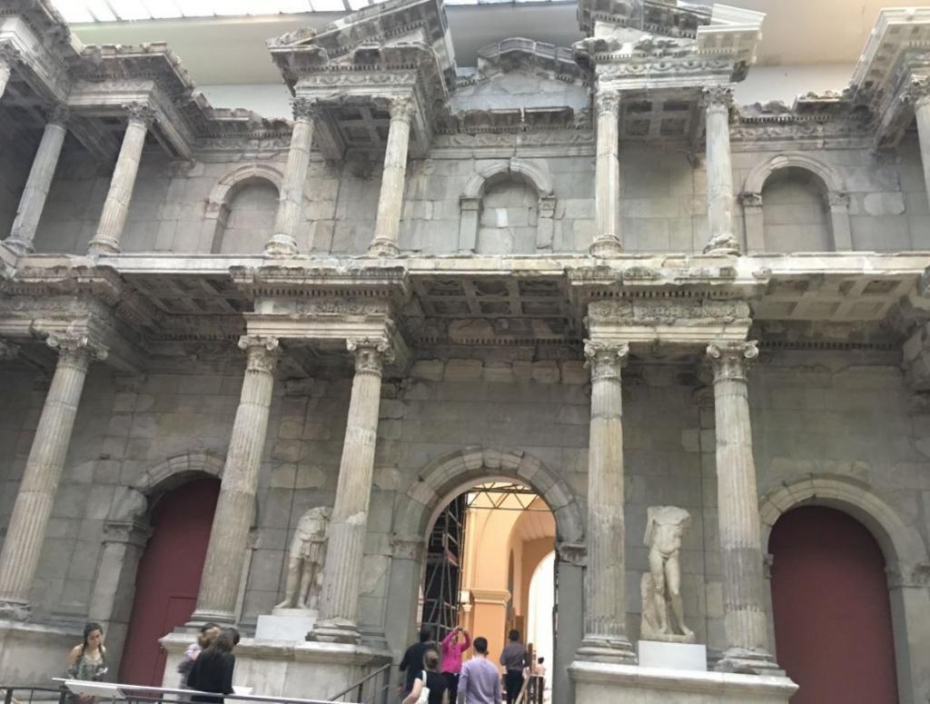Pergamon Milet Kapısı - Müzeler Adası - Berlin Gezilecek Yerler