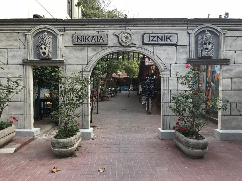 İznik Çini Çarşısı - İznik Gezi Rehberi