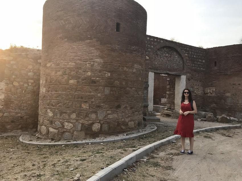 İznik Kale Surları - İznik Gezi Rehberi