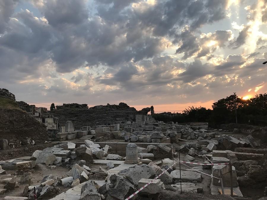 İznik roma tiyatrosu - İznik Gezi Rehberi