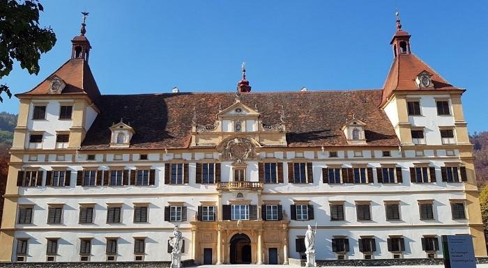 Eggenberg_Sarayı