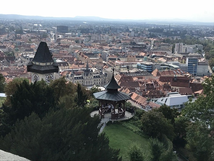 Schlossberg Tepesi