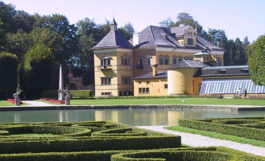 Hellbrunn Sarayı