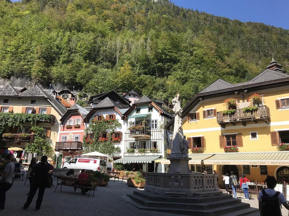 Hallstatt Pazar Alanı - Hallstatt'ın sevimli meydanı