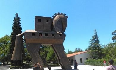Troia Truva atı