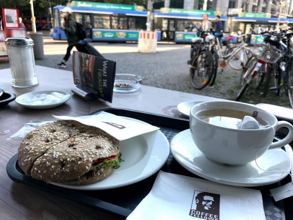 Coffee Fellows Münih'in alternatif mola verilecek bir yerlerinden.