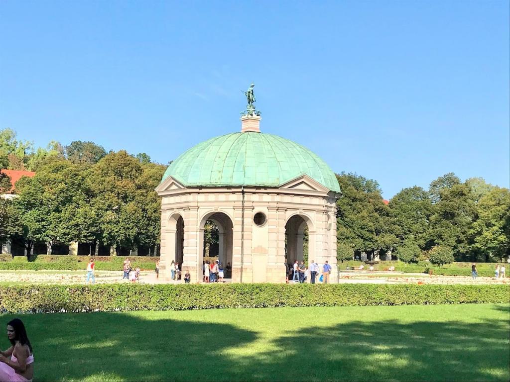 Hofgarten - Münih Gezilecek Yerler
