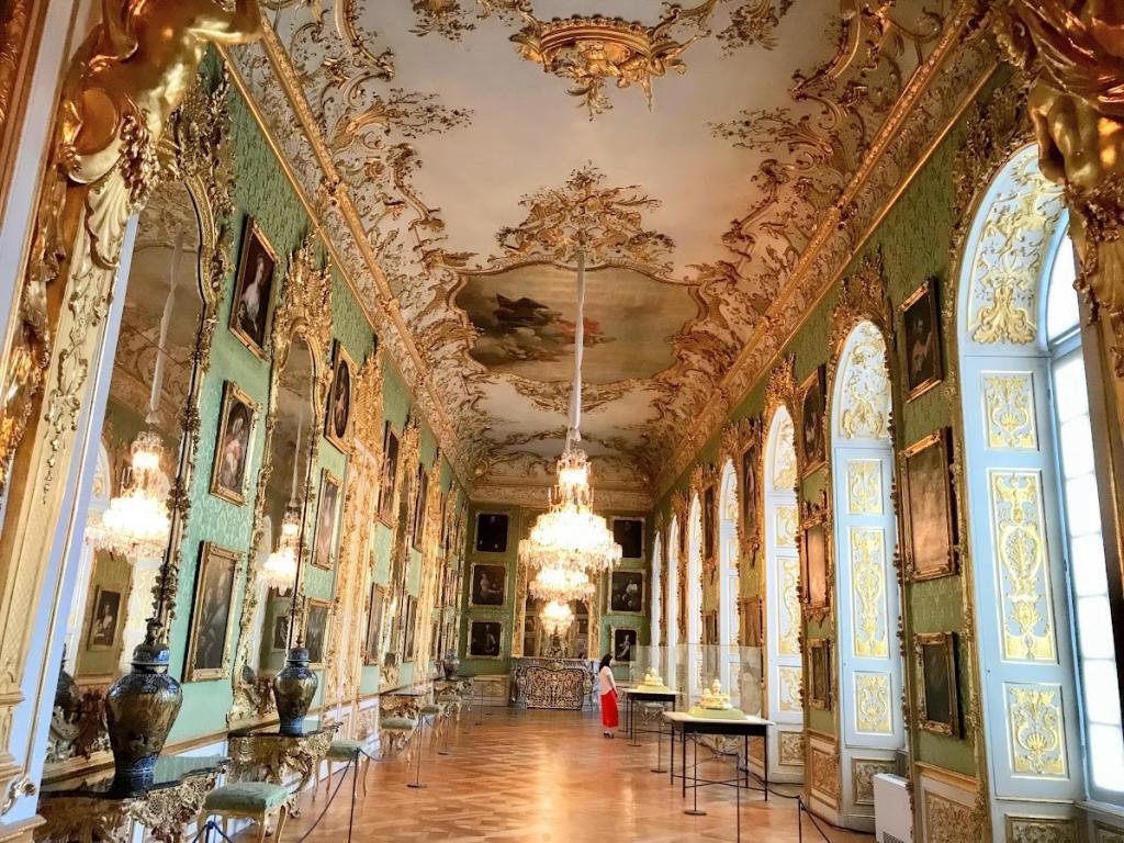 Münih Gezilecek Yerler - Münih Residenz