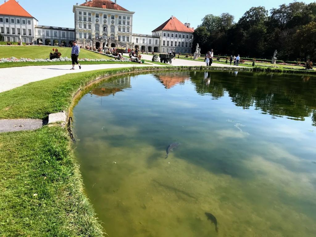Nymphenburg Sarayı Bahçesi - Münih Gezilecek Yerler