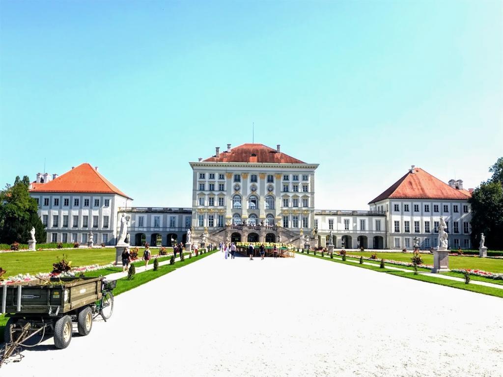 Nymphenburg Sarayı - Münih Gezilecek Yerler-